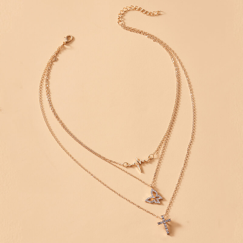 Lovely Chic Butterfly Gold Necklace