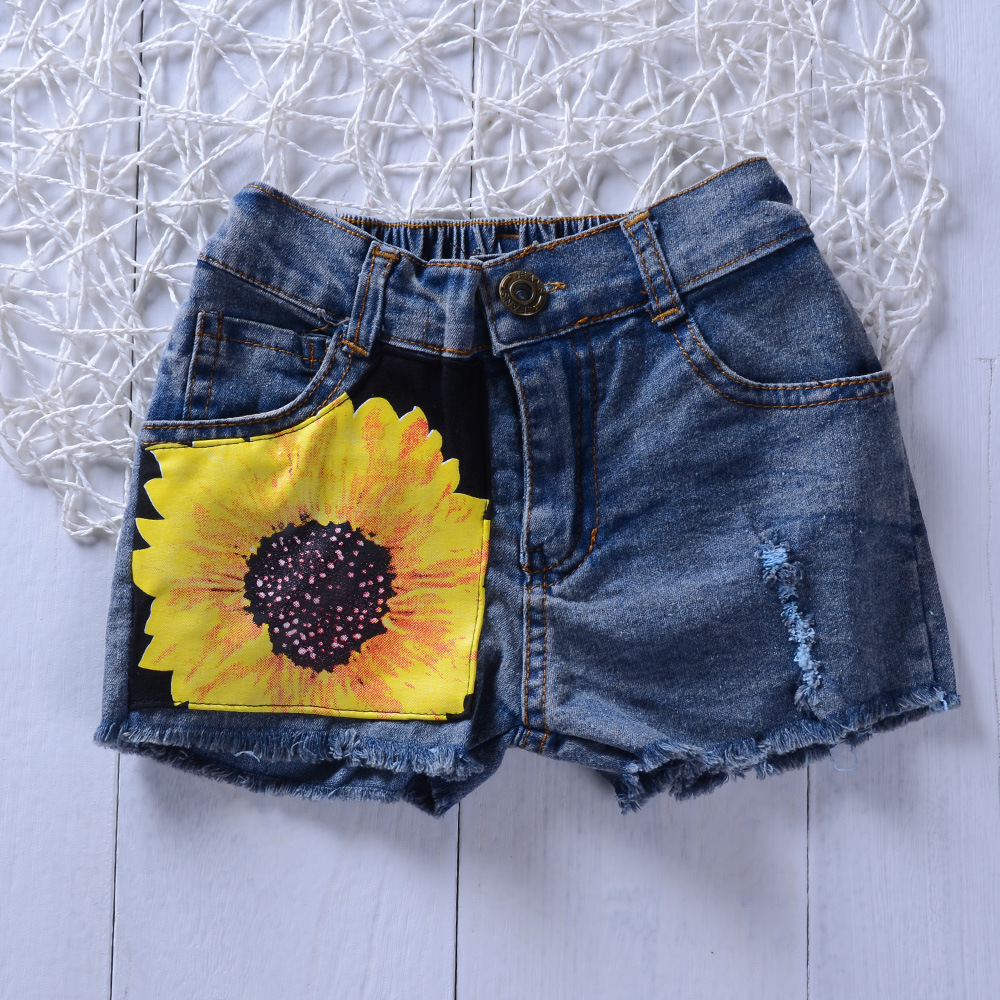 Lovely Girl Casual Floral Letter Print Ripped Black Two Piece Shorts Set
