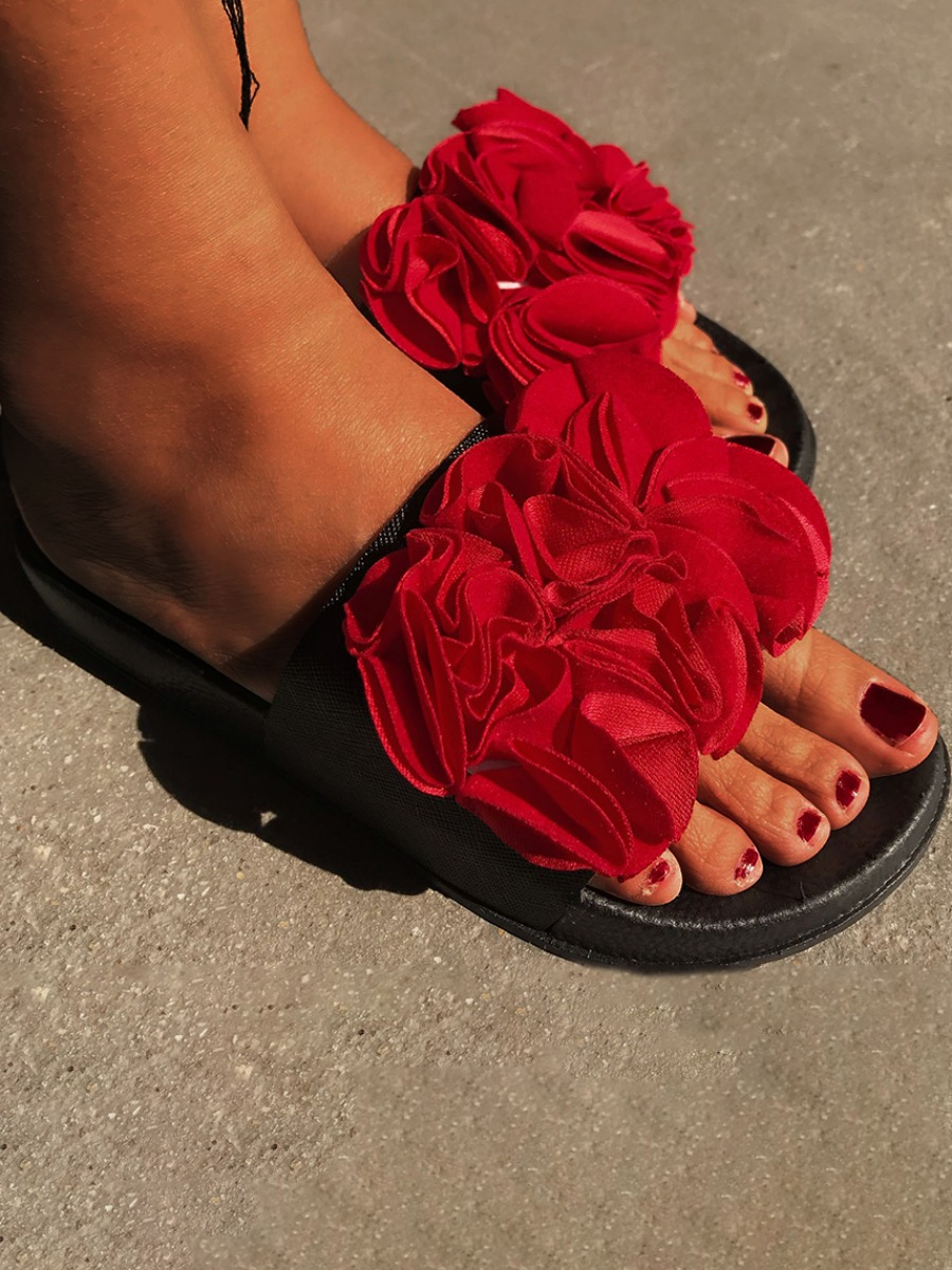 Lovely Sweet Floral Decoration Red Slippers