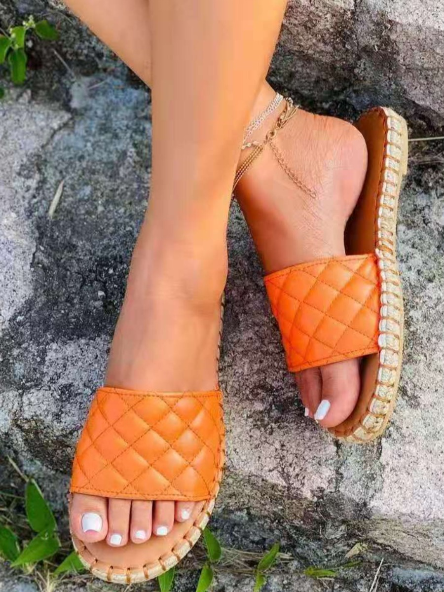 Lovely Casual Quilted Slide Croci Slippers