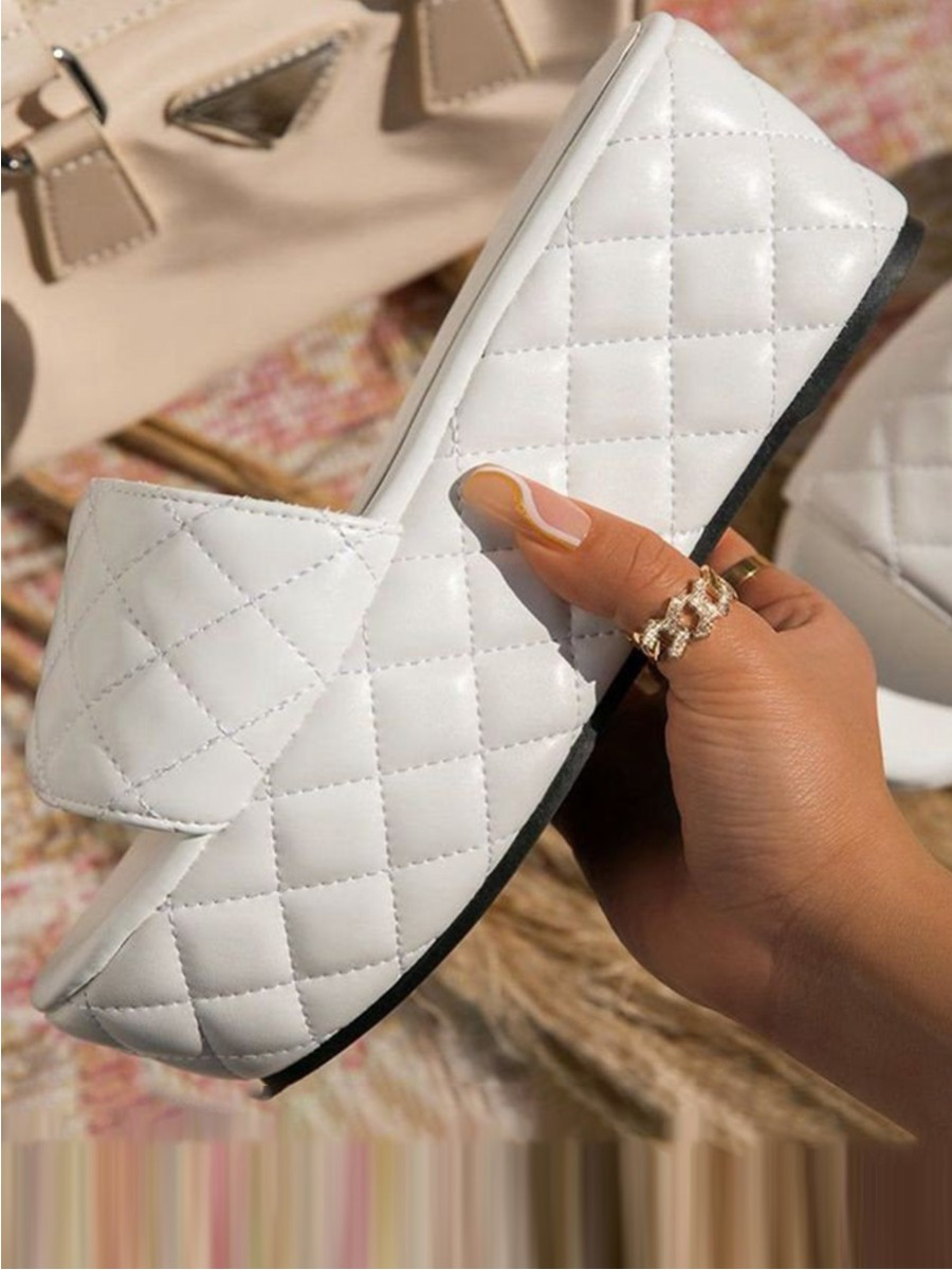Lovelywholesale coupon: LW BASICS Casual Quilted Slide White Platform Shoes