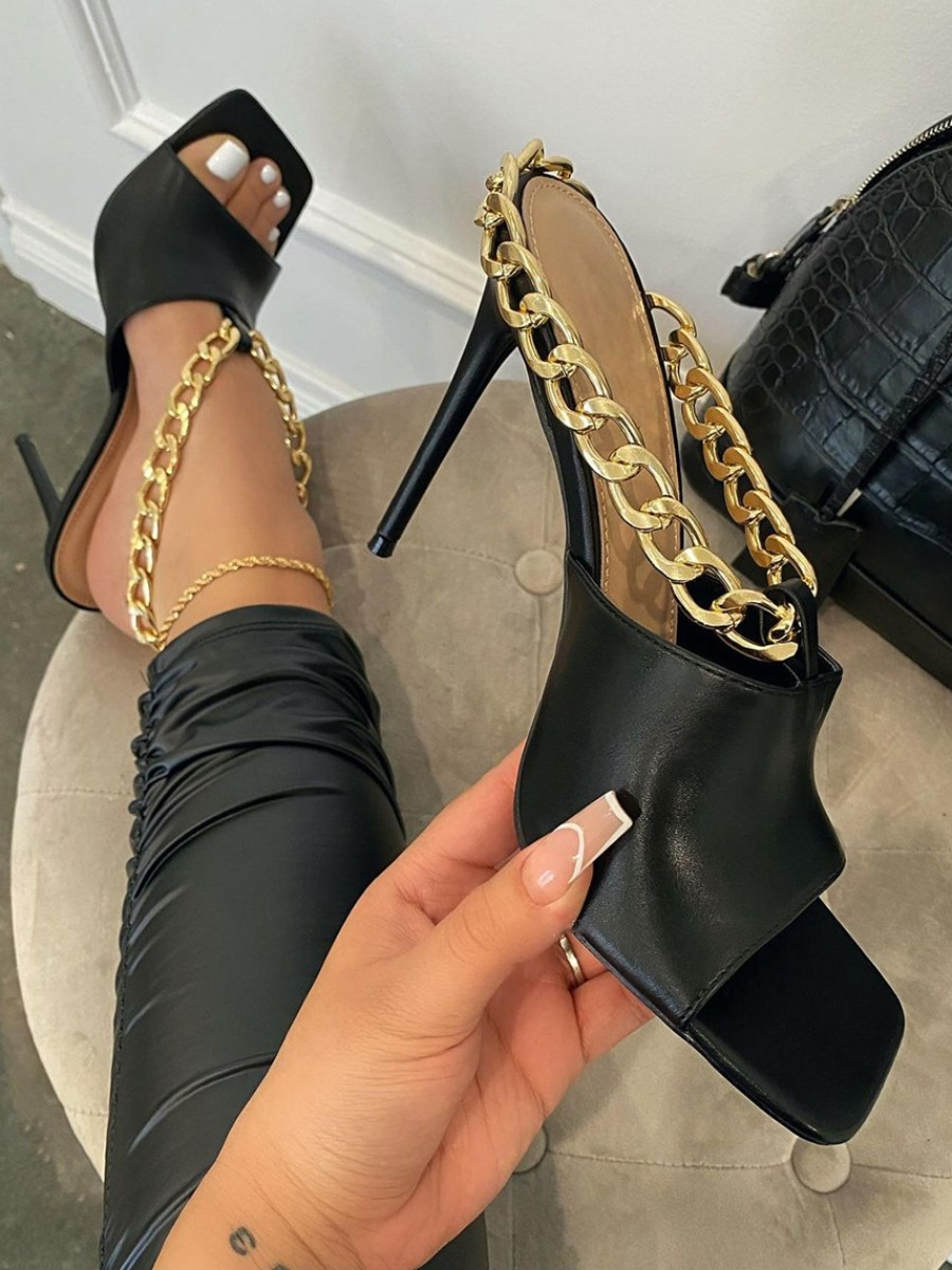 Lovely Sexy Chain Decoration Black Pumps